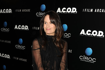 Elizabeth Reaser 'A.C.O.D.' Premieres in LA — Part 2