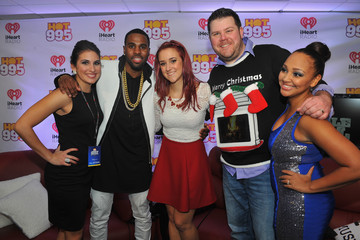 Elizabethany Backstage at HOT 99.5's Jingle Ball