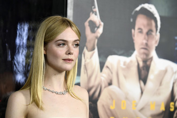 Elle Fanning Premiere Of Warner Bros. Pictures' 'Live By Night' - Arrivals