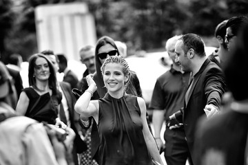 Elsa Pataky Alternative View - Haute Couture Paris Fashion Week : Fall/Winter 2014-2015