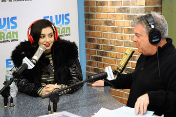 Elvis Duran Charli XCX Visits a Radio Show