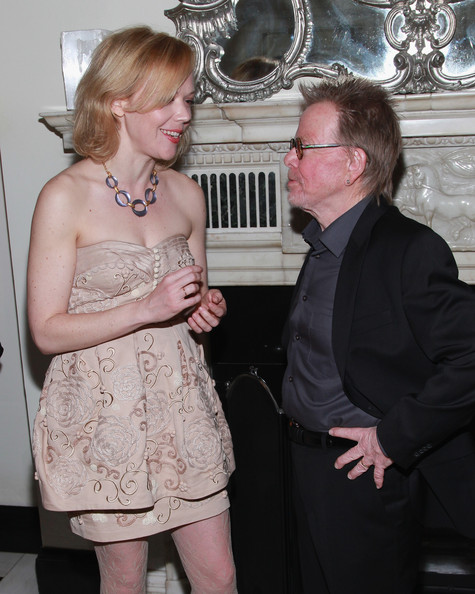 emily bergl husband