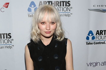 Emily Browning Arthritis Foundation Commitment To A Cure Awards Gala