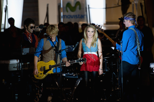 Emily Osment Emily Osment performs live at Noche Movistar Break Out Concert at the Telefonica Flagship store on November 5, 2010 in Madrid, Spain.