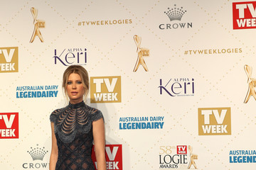 Emma Booth 2016 Logie Awards - Arrivals