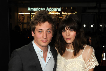 "Emma Greenwell Jeremy Allen White Premiere Of Relativity Media's ""Movie 43"" - Red Carpet"
