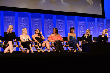 Emma Roberts Lea Michele The Paley Center For Media's 33rd Annual PaleyFest Los Angeles - 'Scream Queens' - Inside