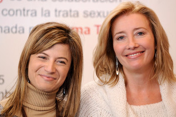 Bibiana Aido Emma Thompson Attends 'The Journey' Exhibition in Madrid