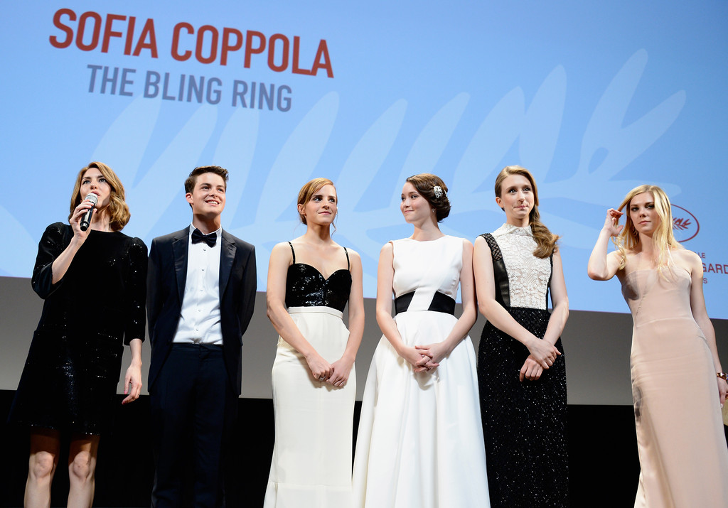 http://www2.pictures.zimbio.com/gi/Emma+Watson+Bling+Ring+Premieres+Cannes+Q0ZMXnhFvYcx.jpg