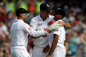 Matt Prio England v Bangladesh: 2nd npower Test - Day Two