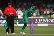 Shoaib Malik of Pakistan bowls during the 2nd One Day International at Lord's Cricket Ground on August 27, 2016 in London, England. (Photo by Sarah Ansell/Getty Images).