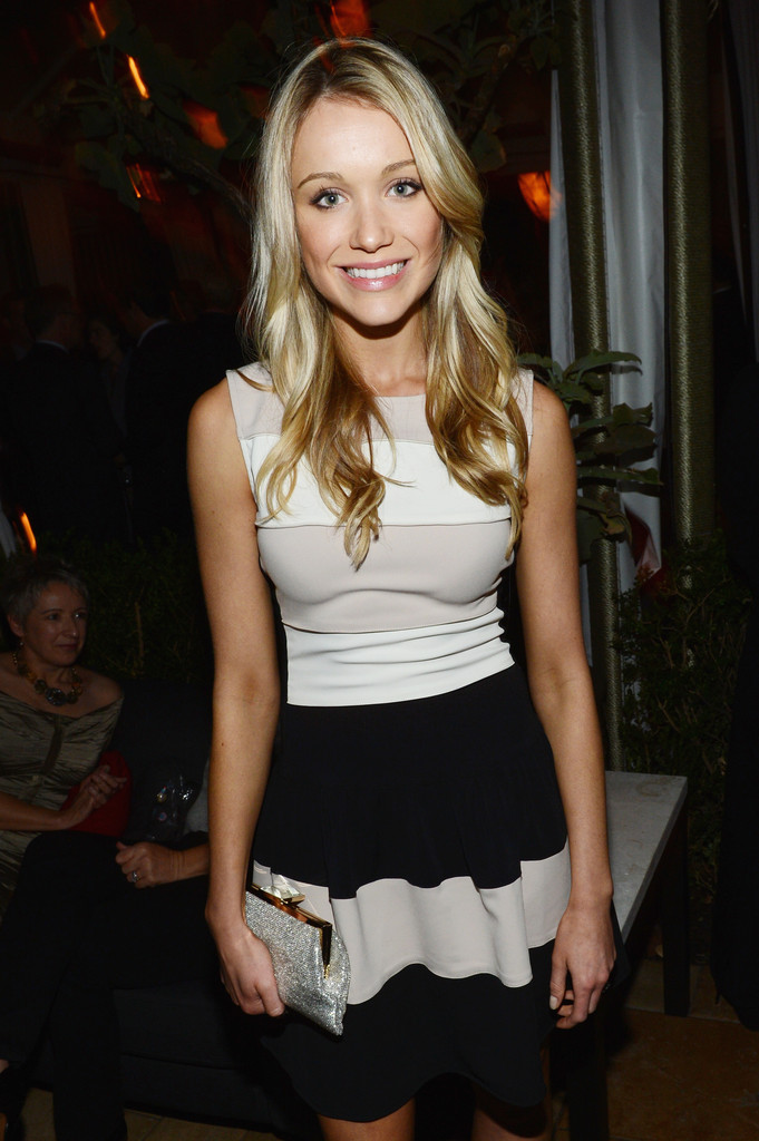 California Rv Show >> Katrina Bowden Photos Photos - The Entertainment Weekly Pre-SAG Party Hosted By Essie And Audi ...