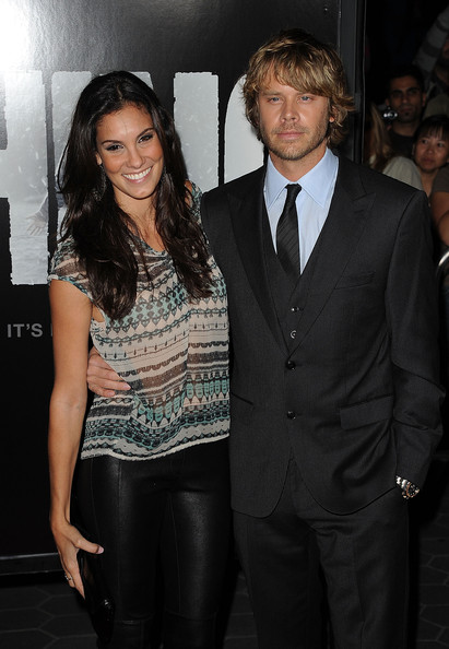 are kensi and deeks dating in real life Watch video ncis:la stars & real-life relatives eric christian olsen & daniela ruah chat about their on-screen romance deeks and kensi themselves.