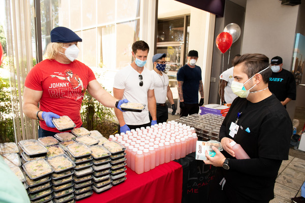 Eric The Trainer Partners With Sunfare, Quest Nutrition And Celebrity Clients To Donate Meals To LA Downtown Medical Center