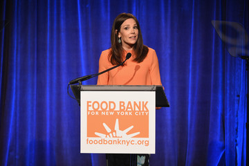 Erica Hill Food Bank For New York City Can Do Awards Dinner Gala - Inside