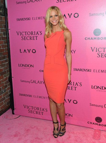 Erin Heatherton - Samsung Galaxy Features Arrivals At The Official Victoria's Secret Fashion Show After Party