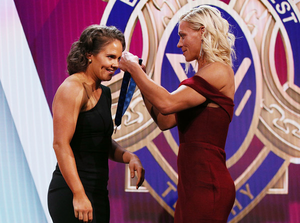 AFLW Awards [talent show,event,arm,competition,performance,competition event,dance,erin phillips,emma kearney,crows,aflw awards,aflw medal,afw awards,melbourne,australia,the peninsula,bulldogs]