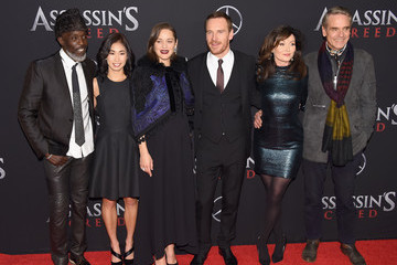 Essie Davis 'Assassin's Creed' New York Premiere - Red Carpet