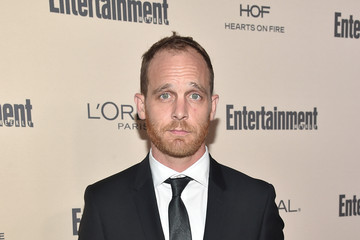 The 39-year old son of father Charles Randall and mother Karen Randall, 184 cm tall Ethan Embry in 2017 photo