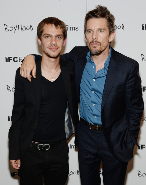 Photo of Ellar Coltrane & his friend actress  Ethan Hawke - Boyhood