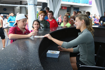 Eugenie Bouchard Western & Southern Open: Day 4