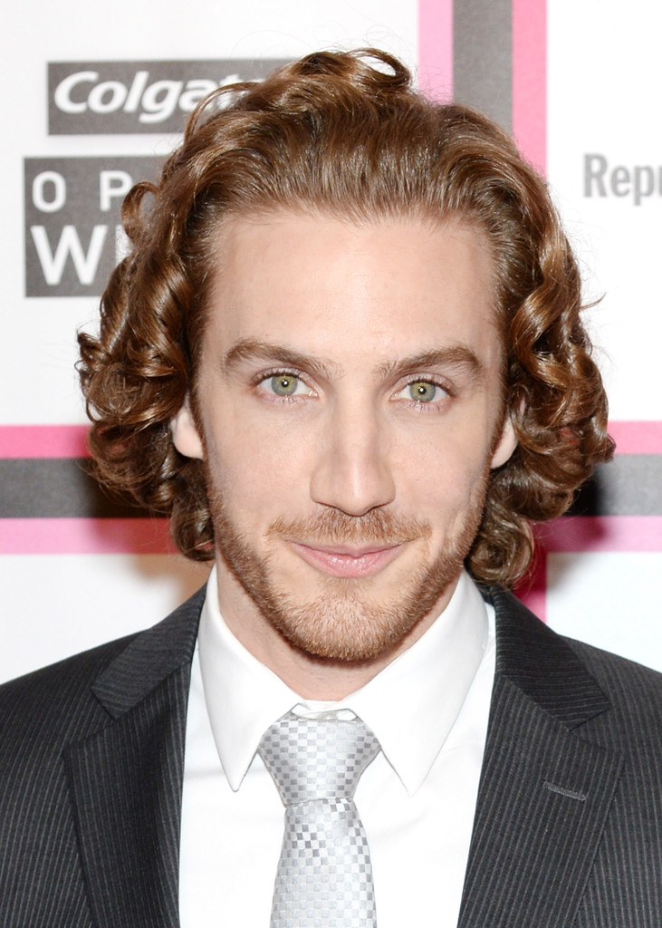 Эухенио Сийер/Eugenio Siller - Страница 2 Eugenio+Siller+People+En+Espanol+Celebrates+PRzYYs1pIebx