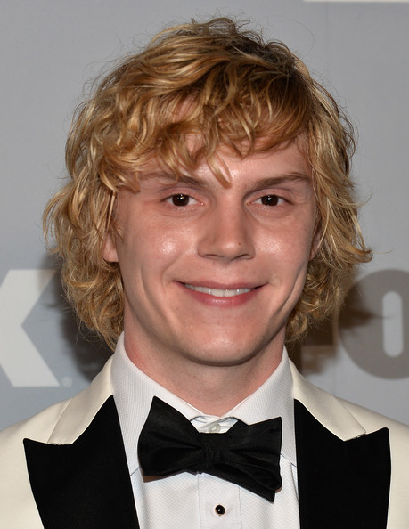 Evan Peters Photos Pho...