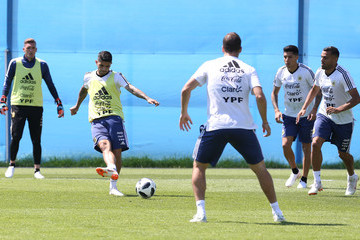 Ever Banega Argentina Training Session - FIFA World Cup Russia 2018