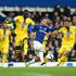 Cheikhou Kouyate Photos - Gylfi Sigurdsson of Everton battles for possession with Cheikhou Kouyate of Crystal Palace and James McArthur of Crystal Palace during the Premier League match between Everton FC and Crystal Palace at Goodison Park on October 21, 2018 in Liverpool, United Kingdom. - Everton FC vs. Crystal Palace - Premier League