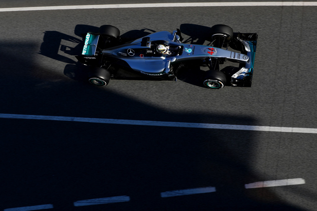 [Imagen: F1+Testing+Barcelona+Day+Three+prrif4EzI6cx.jpg]