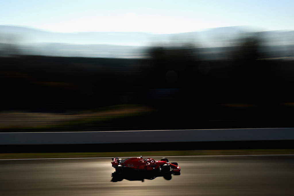 [Imagen: F1+Winter+Testing+Barcelona+Day+Four+fJGCORya1E9x.jpg]