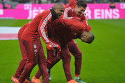 Robert Lewandowski Douglas Costa Photos - 1 of 9 Photo