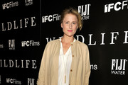 Actress Mamie Gummer attends The Wildlife Los Angeles Premiere on October 9, 2018 in Los Angeles, California.