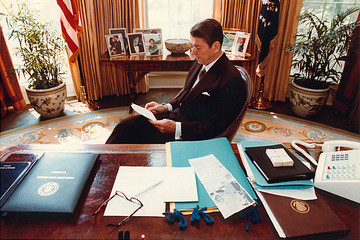 Ronald Reagan (FILE) The Oval Office