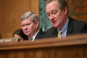 Tim Johnson Mike Crapo Photos Photo