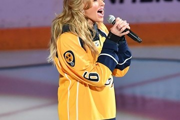 Faith Hill Celebrities Attend The 2017 NHL Stanley Cup Final - Game Six
