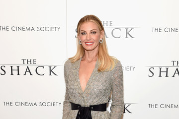 Faith Hill Lionsgate Hosts the World Premiere of 'The Shack' - Arrivals
