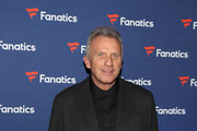 Joe Montana arrives at the Fanatics Super Bowl Party at College Football Hall of Fame on January 5, 2019 in Atlanta, Georgia.