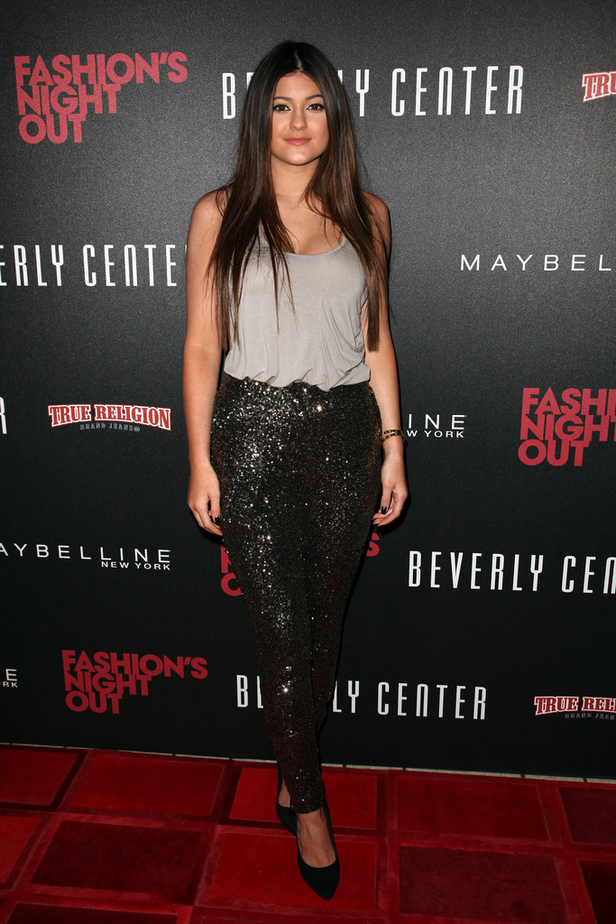 Kylie Jenner Photos Photos Fashion 39 S Night Out 2012 At