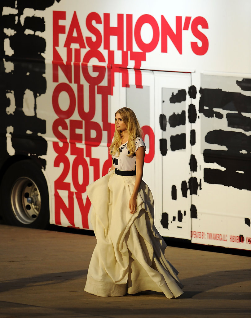 Lily Donaldson Photos Photos Fashion 39 S Night Out The Show Runway Zimbio