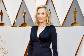Faye Dunaway 89th Annual Academy Awards - Arrivals