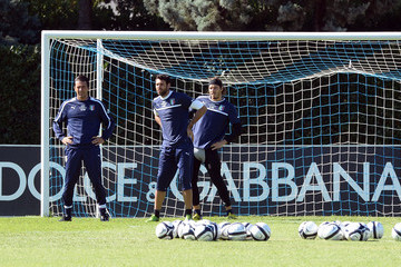 Federico Marchetti Salvatore Sirigu Italy Training Session