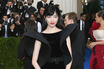 "Fei Fei Sun ""Rei Kawakubo/Comme des Garcons: Art of the In-Between"" Costume Institute Gala - Arrivals"