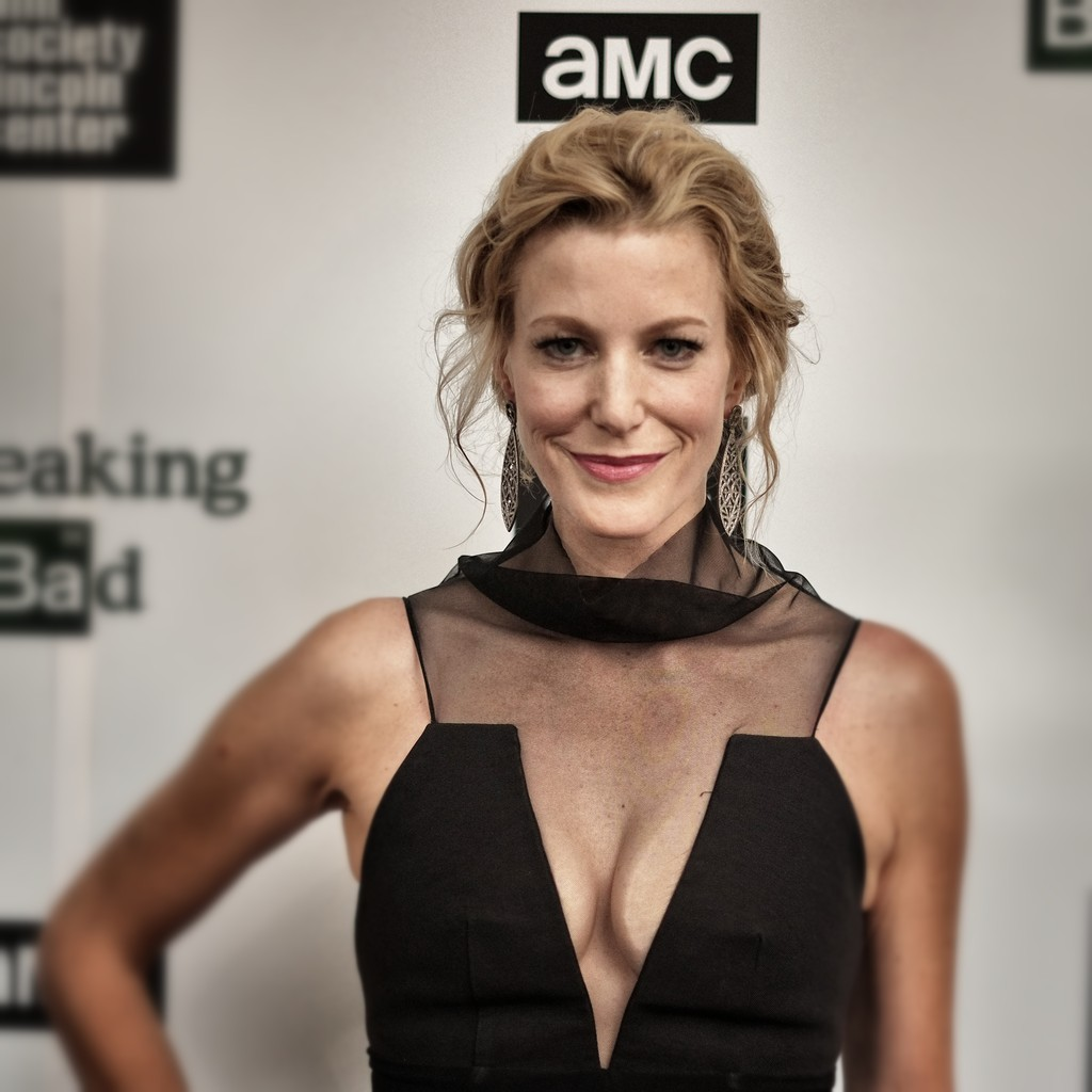 anna gunn photos photos the film society of lincoln center and amc celebrate 39 breaking bad. Black Bedroom Furniture Sets. Home Design Ideas