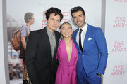 (L-R) Cole Sprouse, Haley Lu Richardson and Justin Baldoni attend the Five Feet Apart Los Angeles premiere on March 07, 2019 in Los Angeles, California.