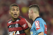 Paolo Guerrero of Flamengo talks with the referee Paulo Roberto Alves Junior during the match between Flamengo and Sao Paulo as part of Brasileirao Series A 2018 at Maracana Stadium on July 18, 2018 in Rio de Janeiro, Brazil.