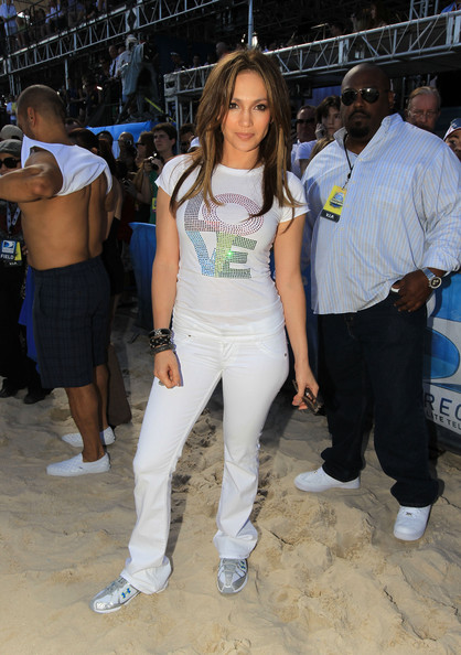 Jennifer+Lopez in Fourth Annual DIRECTV Celebrity Beach Bowl - Game