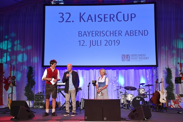 Kaiser Cup 2019 - Bavarian Evening [stage,performance,event,talent show,youth,stage equipment,performing arts,award ceremony,music,heater,matze knop,heidi beckenbauer,franz beckenbauer,kaiser cup,bavarian evening,bad griesbach,germany,passau]