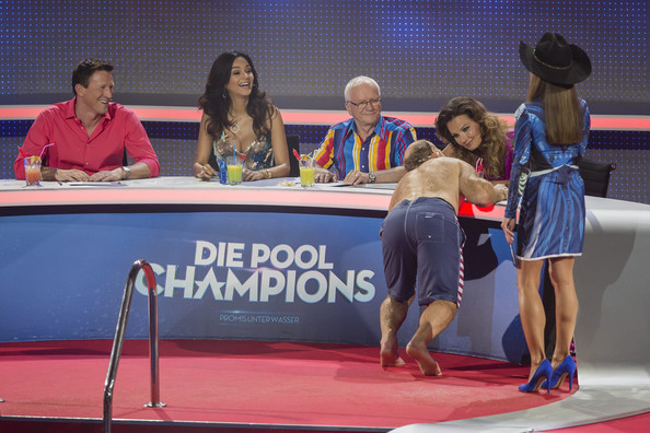 Pool Champions - Finals [event,competition,talent show,table,competition event,games,performance,pool champions,l,finals,finals,christian keller,konny reimann,franziska van almsick,gerd voelker,verona pooth,nazan eckes]