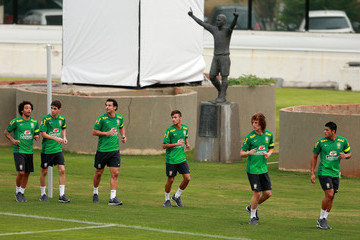 Fred David Luiz Brazil Training - FIFA Confederations Cup Brazil 2013